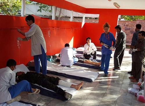 Organizzazione mass casualty all'interno del Centro chirurgico di EMERGENCY a Kabul
