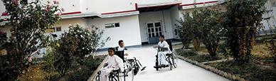 Il giardino dell'ospedale di EMERGENCY a Kabul
