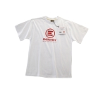 Una delle t-shirt di EMERGENCY che puoi trovare sul nostro sito