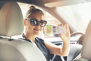 In che cosa consiste la revisione della patente di guida