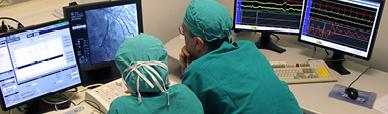 Medici dello staff di EMERGENCY al lavoro
